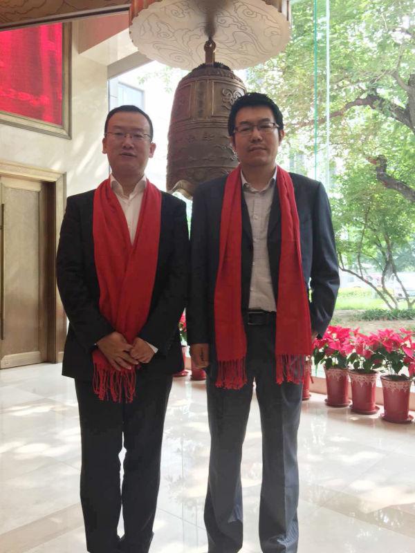 睿信manbetx官网手机版董事长段晋伟与乐视云计算有限公司CEO吴亚洲合影
